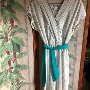 Dresses & Skirts - Retro Delicate Dress